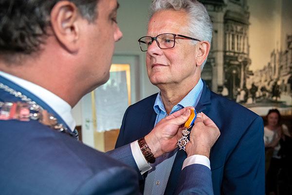Roelf Willemstein ontvangt koninklijke onderscheiding